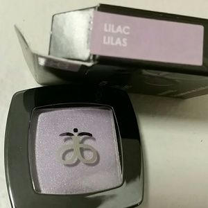 Eyeshadow  in Lilac
